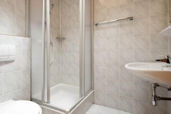 apartment4bedshower